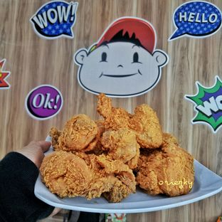 Foto 2 - Makanan di Toby's Fried Chicken oleh oriezky Andreansyah