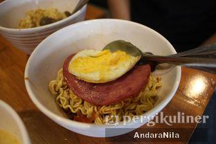 Foto 2 - Makanan(indomi nuklir) di Warunk UpNormal oleh AndaraNila