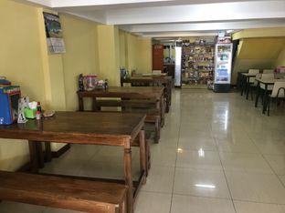 Foto 3 - Interior di Ayam Goreng Kampung Alam Sari oleh Budi Lee