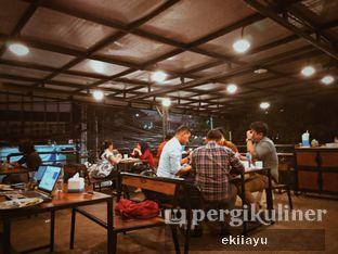 Foto 4 - Interior di Goeboex Coffee oleh Eki Ayu || @eatmirer