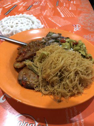 Foto 2 - Makanan di Nasi Uduk Bu Sum oleh Mitha Komala