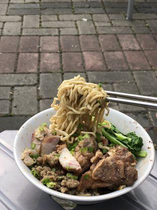 Foto 3 - Makanan di Bakmie Akhwang oleh Prajna Mudita