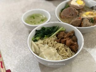 Foto 2 - Makanan di Bakso JWR oleh Riani Rin