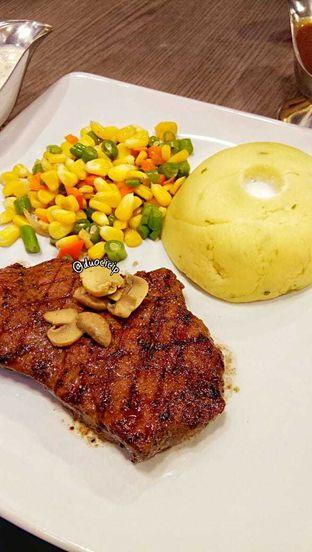 Foto review Steak 21 oleh duocicip  4