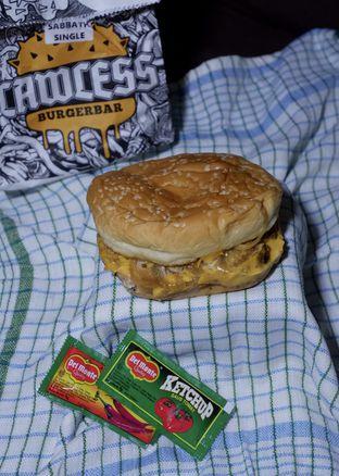 Foto 8 - Makanan di Lawless Burgerbar oleh yudistira ishak abrar
