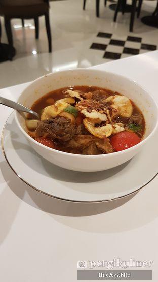 Foto 1 - Makanan di Henis oleh UrsAndNic