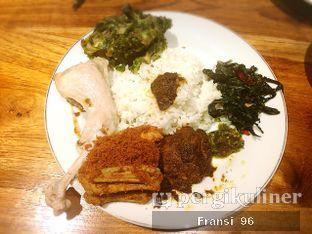 Foto 7 - Makanan di Padang Merdeka oleh Fransiscus