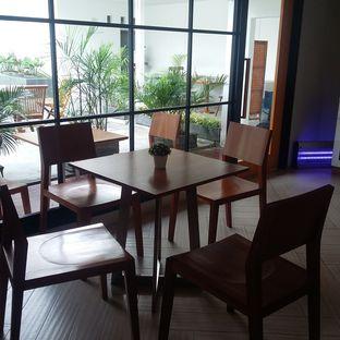 Foto 9 - Interior di Brownstones oleh Me and Food