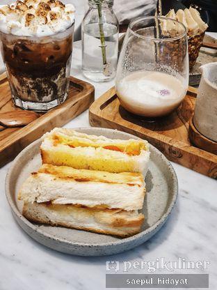 Foto 4 - Makanan di Guten Morgen Coffee Lab & Shop oleh Saepul Hidayat