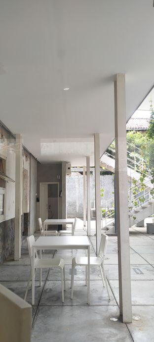 Foto 1 - Interior di DIDAGO Cafe oleh Joshua Theo