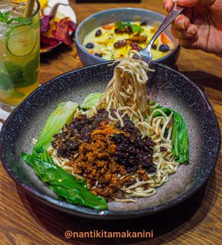 Foto 1 - Makanan di Pish & Posh Cafe oleh Rio Deniro