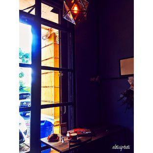 Foto 2 - Interior di Monomania Coffee House oleh Aldi Ciptadi