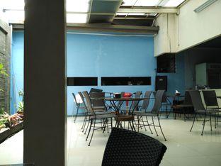 Foto 5 - Interior di Rumah Makan Sulawesi oleh Eatsfun