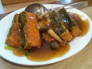 Foto 10 - Makanan(Tahu jamur Shimeji (IDR 29,9K) ) di Imperial Kitchen & Dimsum oleh Renodaneswara @caesarinodswr