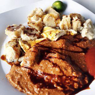 Foto 2 - Makanan(Siomay) di Es Sekoteng & Siomay Bandung Mang Dede oleh Magdalena Fridawati