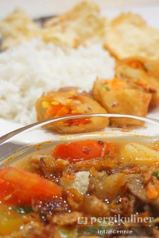 Foto 2 - Makanan di Henis oleh bataLKurus