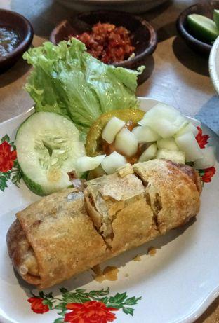 Foto 1 - Makanan(Lumpia Semarang) di Bale Soto oleh YSfoodspottings