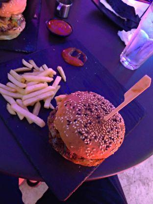 Foto 3 - Makanan di Dope Burger & Co. oleh Jessica capriati