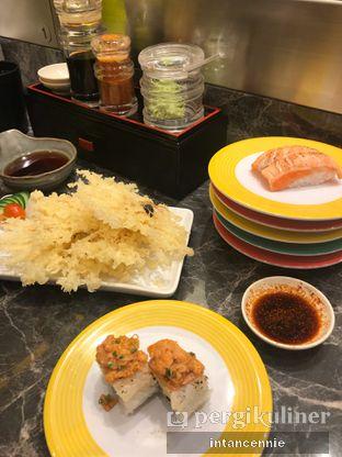 Foto 23 - Makanan di Sushi Go! oleh bataLKurus