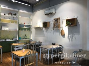 Foto 8 - Interior di Coffee Cup by Cherie oleh Hungry Mommy