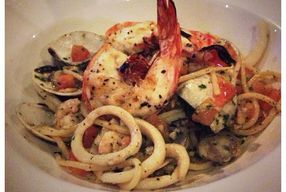 Foto La Rucola Mediterranean Restaurant