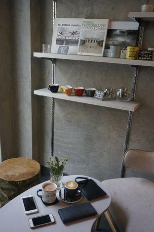 Foto 9 - Interior di Awesome Coffee oleh yudistira ishak abrar