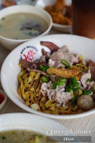Foto 4 - Makanan(Mee Pok) di Tai Wah Noodle oleh @teddyzelig