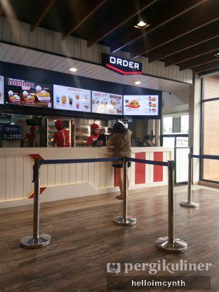 Foto 3 - Interior di KFC oleh cynthia lim