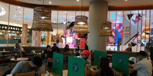 Foto 3 - Interior di Starbucks Coffee oleh itsmeu