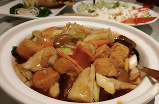 Foto 2 - Makanan di Central Restaurant oleh Mitha Komala