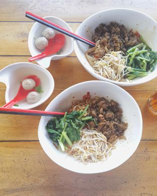 Foto - Makanan di Cafe Dermaga (Bakmi Sakau) oleh Yessica Angkawijaya