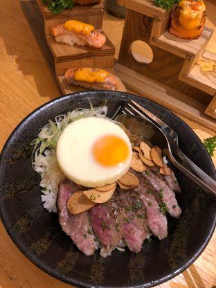 Foto 2 - Makanan di Sushi Hiro oleh Mitha Komala