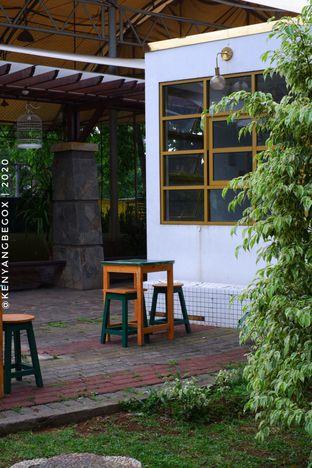 Foto 7 - Eksterior di Phyllo Coffee oleh Vionna & Tommy