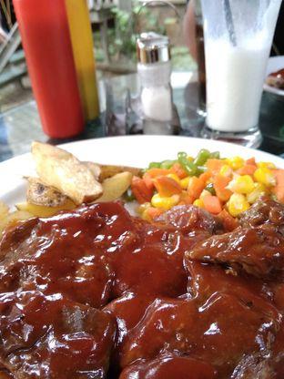 Foto review Carburator Springs Cafe oleh Caca  1