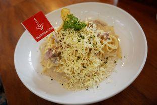 Foto 2 - Makanan(Spageti carbonara. Enak banget, harga pas banget, recom banget.) di De Mandailing Cafe N Eatery oleh milda alghozali