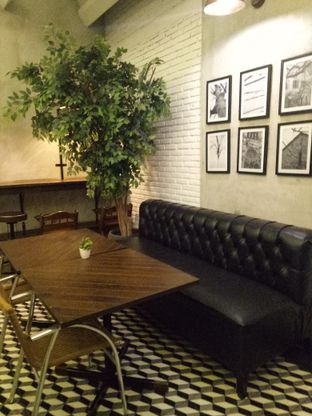 Foto 3 - Interior di Historica oleh Clangelita