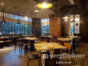 Foto 8 - Interior di Liberta oleh Ladyonaf @placetogoandeat
