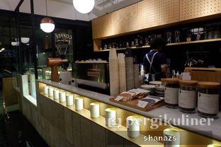 Foto 4 - Interior di Doma Dona Coffee oleh Shanaz  Safira