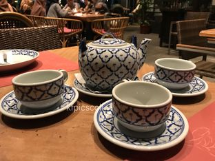 Foto 1 - Makanan(Lemon Grass Green Tea) di Jittlada Restaurant oleh Kumala Yang