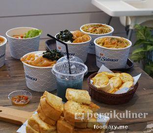 Foto 2 - Makanan di Lox Smoked Salmon oleh @foodiaryme | Khey & Farhan