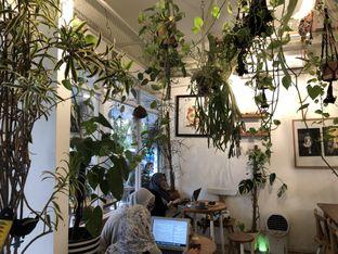 Foto 10 - Interior di Sama Dengan oleh feedthecat