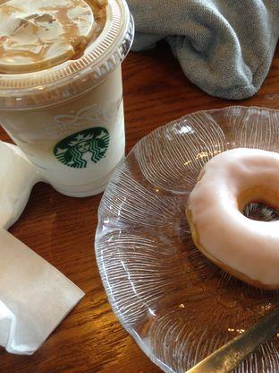 Foto review Starbucks Coffee oleh Almira  Fatimah 1