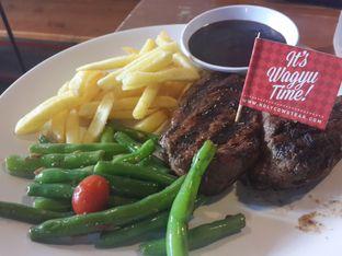 Foto - Makanan di Steak Hotel by Holycow! oleh @stelmaris