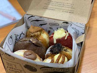 Foto review Luna's Doughnuts oleh Jeljel  2