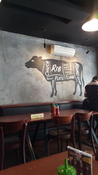 Foto Interior di Joni Steak