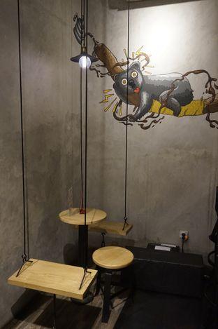 Foto 3 - Interior di Gerilya Coffee and Roastery oleh yudistira ishak abrar
