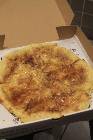 Foto 35 - Makanan di Sliced Pizzeria oleh Prido ZH