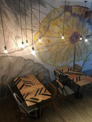 Foto 3 - Interior di Geulis The Authentic Bandung Restaurant oleh Jeljel