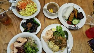 Foto 2 - Makanan di Kafe Betawi oleh felita [@duocicip]