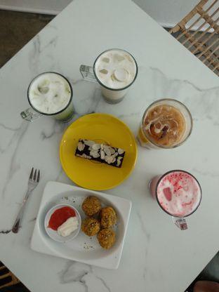 Foto 1 - Makanan di Deja Coffee & Pastry oleh Nicole || @diaryanakmakan